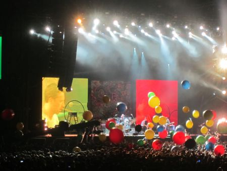 Coldplay and their damn balloons