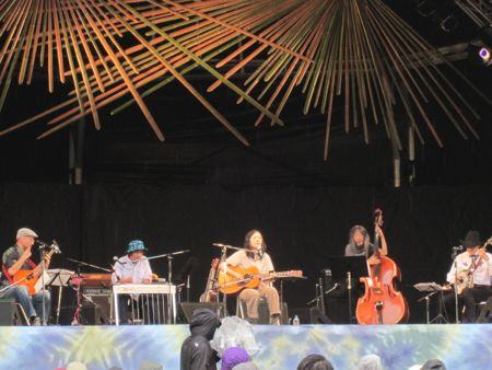 Lonesome Strings and Mari Nakamura