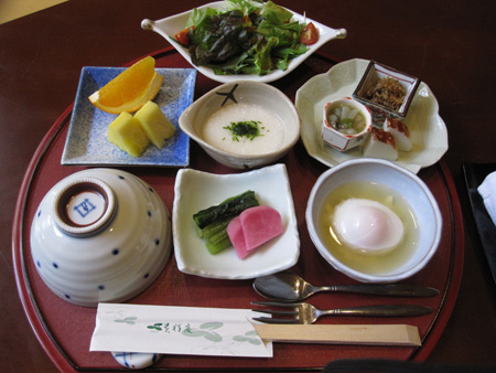 A luxurious Japanese breakfast