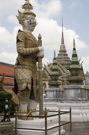 Mythical creatures at the Grand Palace